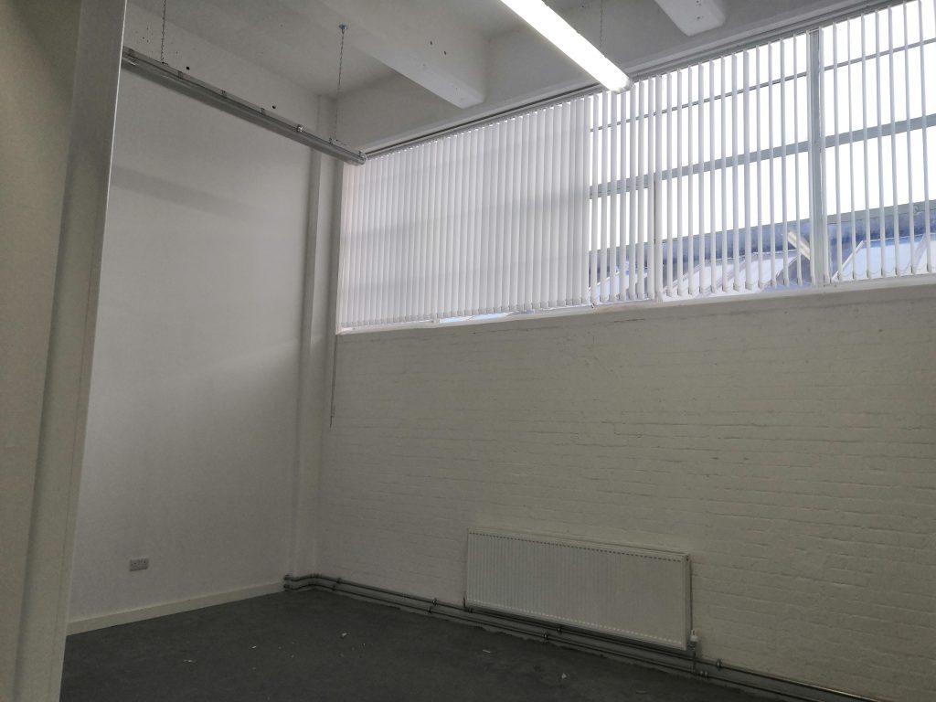 broad-rogart-studio-28-
